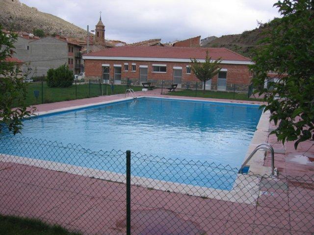 Camarena de la sierra piscina for Precio piscina municipal
